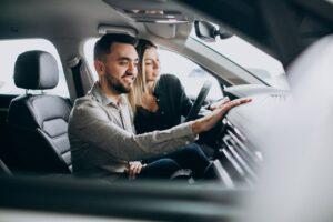 Saiba o que levar em conta na hora de comprar um carro seminovo